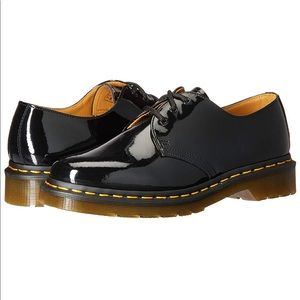 Dr. Martens Womens 1461 Oxford